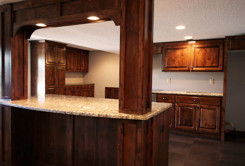 view some of our custom wet bar cabinets in our project photo gallery
